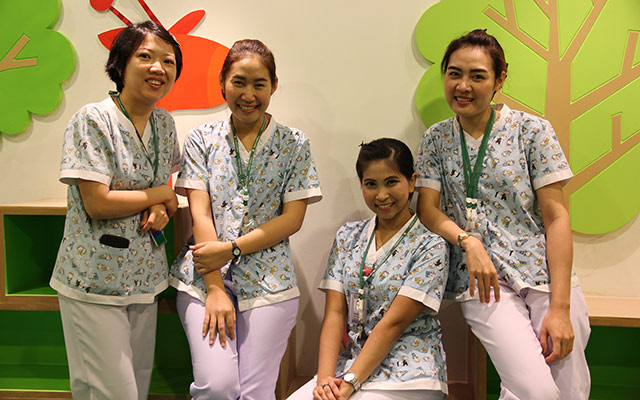 nurse-group2
